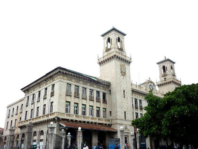 La vecchia stazione dell'Avana (foto di Alabrada)