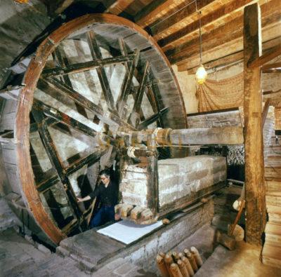 L'antico mangano del 1633 della stamperia Marchi