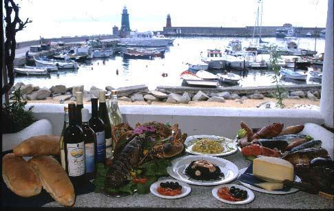 Isola del Giglio, vista del porto dal ristorante Castello ((Foto. N. Tondini)