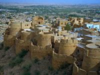 Jaisalmer, fratelli e sorelle in festa