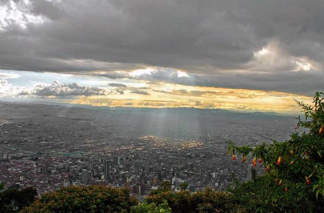 servizio di incontri a Cartagena Colombia relativa datazione aiuta a determinare