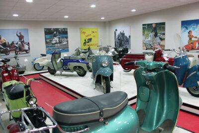 """Una sala del """"Museo Scooter & Lambretta"""""""