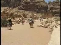 Viaggio in Giordania: i segreti della città nascosta di Petra