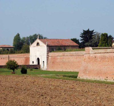 Sabbioneta-porta-imperiale