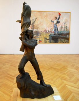 Lezha Forza e lavoro sculture Galleria d'Arte Contemporanea