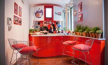 La cucina della Google House con lo spazio dedicato a Giallo Zafferano. Credits to Renato Liguori.