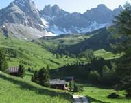 Sulle Dolomiti tra natura, fede, arte e cultura