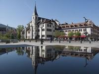 Annecy, relax 'liquido' tra le Alpi