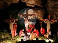 La Passione di Cristo nel teatro naturale di Gravina in Puglia