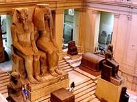 Egitto: i tour operators si arrendono alla tragedia