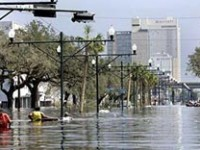 "Katrina ha spento l' ""uragano"" New Orleans"