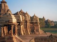 Khajuraho, sculture d'amore e di guerra