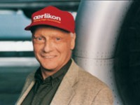 """Niki Lauda """"ri-vola"""" con successo"""