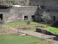 Baia di Napoli, tra natura e archeologia