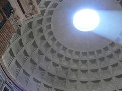 Il fantasma del Pantheon (Foto: Luisa Mosello)