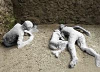 24 agosto, eruzione a Pompei