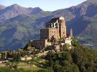 Sacra di San Michel, un'antichissima abbazia nel parco dell'Avigliana