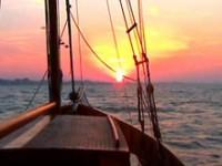 Provetti velisti all'isola d'Elba