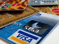 Viaggi online, occhio alle commissioni della carta di credito