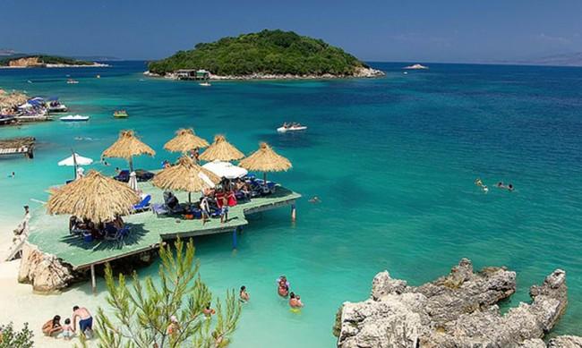 il mare dell'Albania