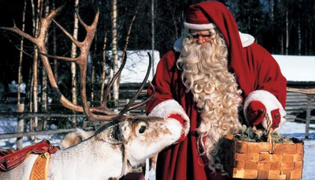 Rovaniemi Lapponia Babbo Natale.Rovaniemi Babbo Natale Salvato Dalle Renne