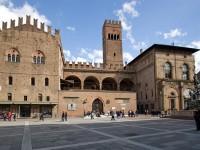 Bologna, Palazzo Re Enzo