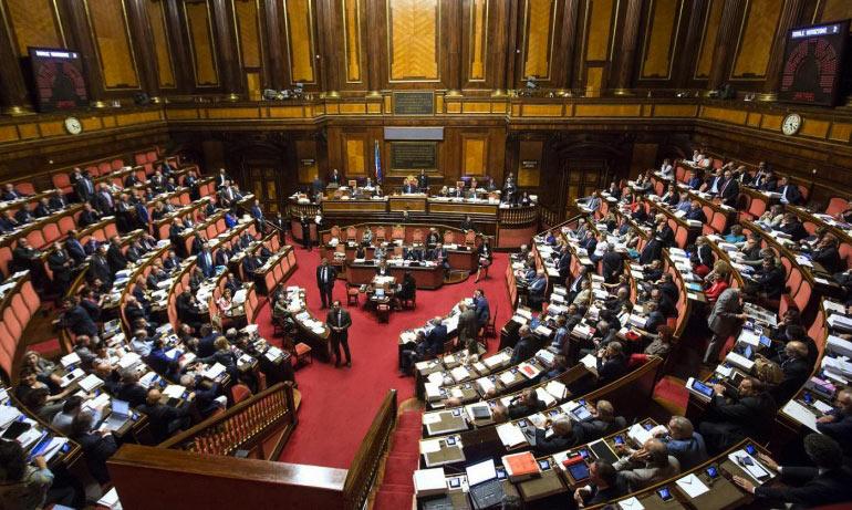 Senato della repubblica mondointasca for Senato della repubblica