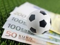 Calcio dai miliardi alle decine di euro