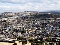Panorama di Fès, dalle colline a nord della città (Foto © Micaela Zucconi)