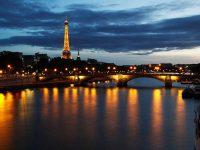 Dormire sulla Tour Eiffel da oggi si può