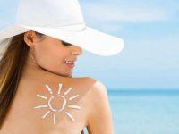 Pelle nutrita e protetta sotto i primi raggi del sole