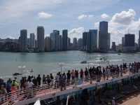 Miami, turisti americani pronti per imbarcarsi per Cuba