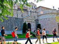 Trekking urbano, l'Italia si scopre camminando