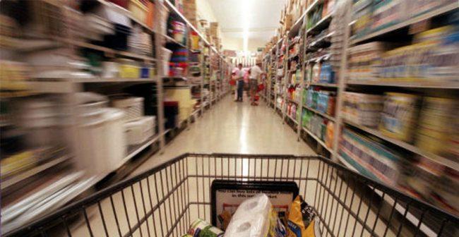 Turismo tra le corsie del supermercati. Massaia vita da super