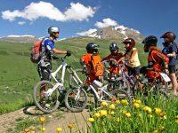Les 2 Alpes: la stagione estiva fa il pieno di sport