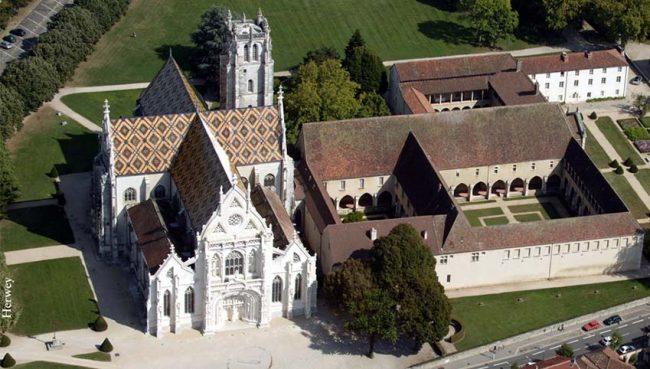 La Chiesa e il monastero di Brou (vue aerienne©Herwey)