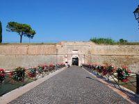 Peschiera del Garda, porta d'ingresso alla cittadella fortificata