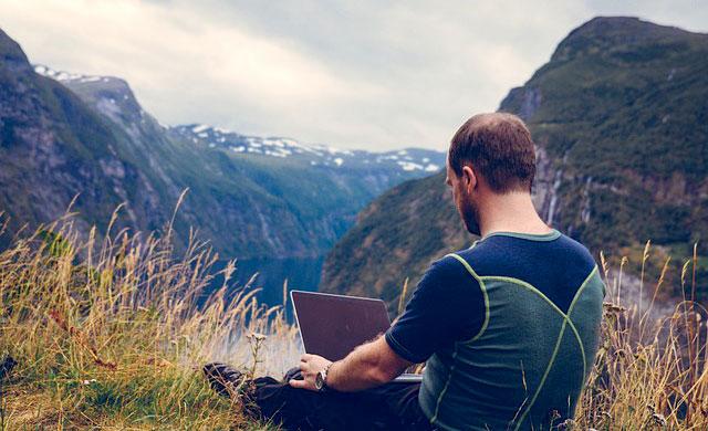 Nomadismo digitale: come lavorare ovunque