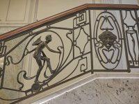 Interessante la ringhiera liberty del Palazzo della prima Compagnia ceca di mutua assicurazione, in stile Art Nouveau del 1827, in via Spálená 75/16. (Ph: Emilio Dati © Mondointasca)