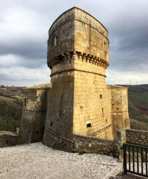 Daunia Castello d'Aquino