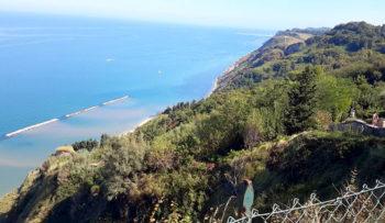 Gabicce la-bellezza-della-costa-dal-Parco-Naturale-Monte-San-Bartolo
