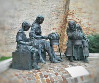 Ascoli Offida-monumento-al-tombolo