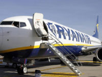Ryanair dice no ai trolley in cabina