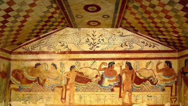 """Necropoli etrusca di Tarquinia riapre la """"tomba degli scudi"""""""