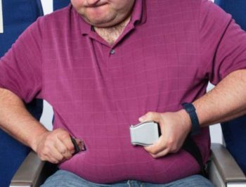 passeggeri sovrappeso aereo
