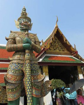 Bangkok Palazzo Reale-statue-guardiani