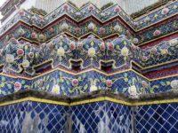 Le tombe dei 4 re della dinastia Chakri decorate con piastrelle colorate (Ph: G. Scotti © Mondointasca)