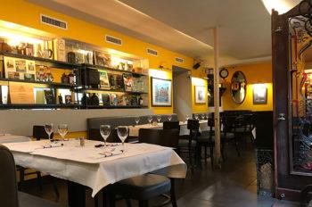 Grenoble interno-del-Café-de-la-Table-Ronde,-oggi-anche-ristorante