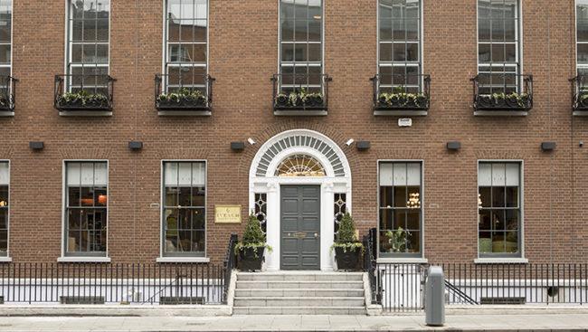 Irlanda, Iveagh House Hotel
