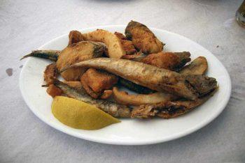 Cucina andalusa pescaìto frito foto-di-Tamorlan